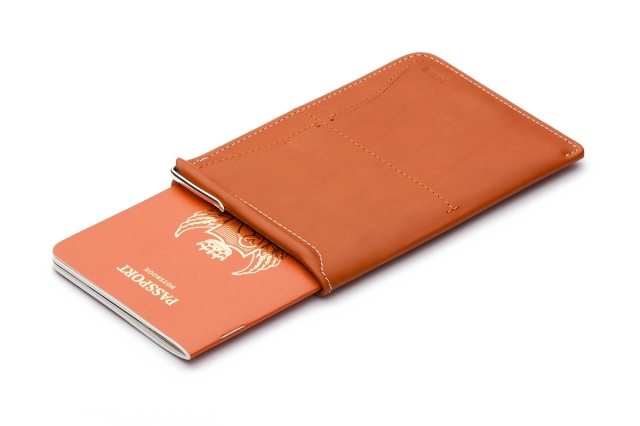 bellroy-wpsa-tan-wb-web-01